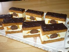 Báječné medové okaté rezy - My site Healthy Recepies, Healthy Dessert Recipes, Czech Recipes, Amazing Cakes, Nutella, Baked Goods, Tiramisu, Waffles, Cheesecake
