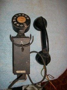 Vintage Stromberg Carlson Heavy Wall Mount Dial Telephone 1233 | eBay