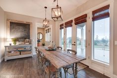 Eating area adjacent to kitchen - New custom home designed and built by Quail Homes of Vancouver Washington.
