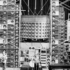 Amazing Vintage Photos Of The Grateful Dead's Wall Of Sound, can find Grateful dead and more on our website.Amazing Vintage Photos Of The Grateful Dead's Wall. Grateful Dead Tour, Grateful Dead Music, Band Posters, Music Posters, Retro Posters, Dead Pictures, Wall Of Sound, The Jam Band, Audio Engineer
