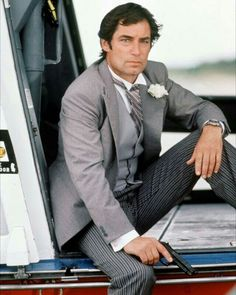 Licence To Kill - Publicity still of Timothy Dalton. The image measures 661 * 1000 pixels and was added on 13 September Dalton James, Timothy Dalton, Classic Tv, Classic Movies, Aston Martin, Bond Series, Licence To Kill, Bond Cars, Groom And Groomsmen Attire