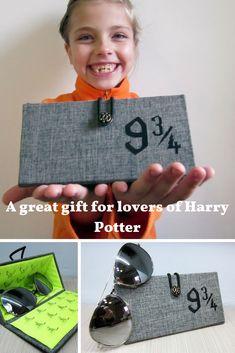 Hard Eyeglass Case, Harry potter theme, Eyeglass Case, Platform 9 3 4, Hard glasses case, Hogwarts gift, Harry potter glasses, 9 3 4 sign