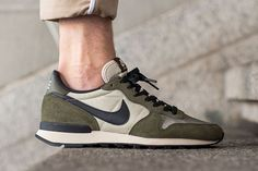 newest f0716 9551d NIKE INTERNATIONALIST (DARK LODEN) - Sneaker Freaker Running Shoes Nike,  Nike Free Shoes