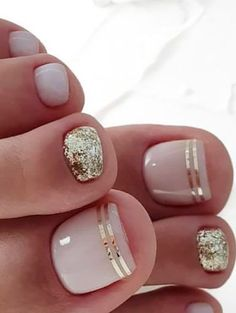 20 Trendy Winter Nail Colors & Design Ideas for 2019 - The .- 20 trendige Winter-Nagelfarben & Design-Ideen für 2019 – TheTrendSpotter – ★ Nail Art 20 Trendy Winter Nail Colors & Design Ideas for 2019 TheTrendSpotter Nail Art - Beach Toe Nails, Cute Toe Nails, Summer Toe Nails, Toe Nail Art, Simple Toe Nails, Pink Toe Nails, Summer Pedicures, Pretty Nails For Summer, Pretty Pedicures