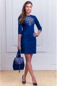 Платье джинсовое с вышивкой • синий • купить онлайн • vilenna