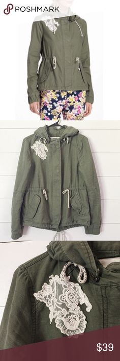 Anthropologist DOTL green cargo jacket small Cinch waist and bottom cargo jacket with removable hood.  NWOT Anthropologie Jackets & Coats