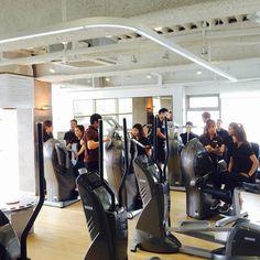 L'équipe milon de Corée lors de leurs formation sur le circuit milon.