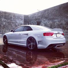 Audi RS5 Wide-body | Vossen