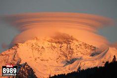 Linsenwolken im Berner Oberland: Heiligenschein für Eiger, Mönch und Jungfrau | Blick