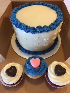 Heart cupcakes and cake for a wedding (Made by Melia Healy)