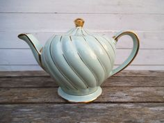 Sadler Teapot, English Teapot, Green and Gold Swirl Pattern. Made in England…