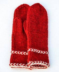 Ravelry: Annsofie's red mittens pattern by Annsofie Pettersson Red Mittens, Knit Mittens, Knitted Gloves, Knitting Socks, Loom Knitting, Winter Knitting Patterns, Designer Knitting Patterns, Knit Beanie Pattern, Mittens Pattern