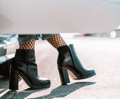 A Miami Fashion Blog by Daniela Ramirez showcasing the latest fashion and beauty trends, local events, and personal style.