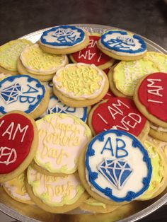 Customer buttercream iced cookies.Aunt Mary's Cookies makes custom cupcakes everyday!   We ship all over the USA, call and order your cookie, cakes, cupcakes, and treats today. www.auntmaryscookies.com