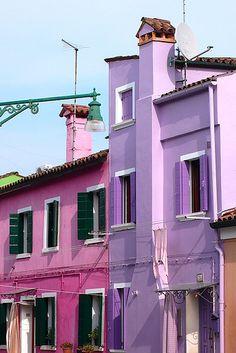 Burano, Venice, Italy. Photo by Carolina on Flickr