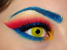 Superman Gorgeous Geeky Eye Makeup!!! Faith I love this one so I will try super hard!! Haha