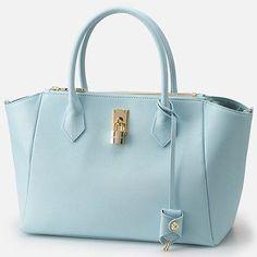 Samantha thavasa azayle bag
