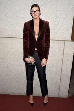 what to wear to holiday parties, jenna lyons, velvet blazer, tuxedo Image Coach, Jenna Lyons, Blazer Outfits, Looks Style, Her Style, What To Wear, Personal Style, Street Style, Style Inspiration