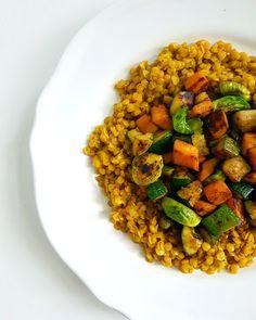 Egészséges irodai ebéd 20 perc alatt 1. rész - WANDER | FOOD | WONDER Plant Based Diet, Chana Masala, Bacon, Veggies, Healthy Recipes, Vegan, Ethnic Recipes, Gerbera, Food