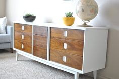 er is solid wood, the tops, sides, and drawers all had a thin veneer on them - still it was at least a real wood veneer. But I realized ther...