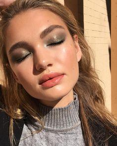 Eye Makeup Steps, Smokey Eye Makeup, Lip Makeup, Makeup Tips, Makeup Ideas, Makeup Products, Makeup Basics, Eyeliner Makeup, Smoky Eye