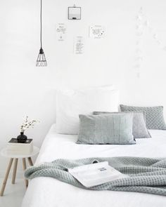Minimal white and grey bedroom ❤ Really like simple bedrooms, they have such a calm atmosphere | Scandinavian interior inspiration