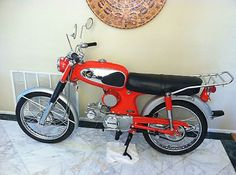 1966 Honda Super 90 In the fall of 1965  wanted one of these so bad, had the money saved up to buy one, but my Dad talked me out of it. Another kid bought it, hit a tree and died !