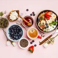 Massaggio anticellulite fai da te: ecco come farlo Best Weight Loss Foods, Foods To Eat, Eating Plans, Superfood, Chocolate Fondue, Granola, Guacamole, Red Velvet, Acai Bowl