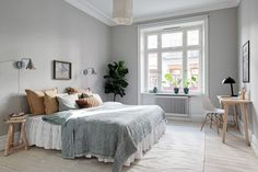 Guide To Discount Bedroom Furniture. Bedroom furnishings encompasses providing products such as chest of drawers, daybeds, fashion jewelry chests, headboards, highboys and night stands. Pale Green Bedrooms, Bedroom Green, Bedroom Decor, Nordic Bedroom, Modern Bedroom, Discount Bedroom Furniture, Interior Design Themes, Beautiful Interiors, Home Decor