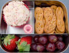 Pretzel Spoons with Chicken or Tuna Salad or Hummus plus Fruit and Veggie sides