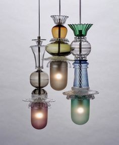 Check out this interesting photo - what an ingenious design and style Boho Lighting, Fashion Lighting, Chandelier Lighting, Lighting Design, Glass Chandelier, Home Interior, Interior Decorating, Bathroom Pendant Lighting, Pendant Lamps