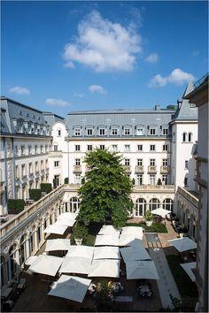 Innenhof - Rocco Forte Hotel Villa Kennedy in Frankfurt Germany