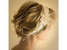 Tocado para novia de diadema con plumas