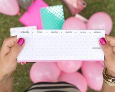 Nosso Planejador de Semana é ultra charmoso e te ajuda a organizar a vida.
