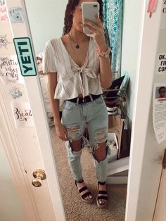 trendy outfits for school ; trendy outfits for summer ; trendy outfits for women ; Teenager Outfits, Outfits For Teens, Teen Fashion Outfits, Fashion Blogs, Fashion Hacks, Latest Fashion Trends, Cute Casual Outfits, Cute Summer Outfits, Fall Outfits