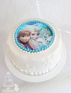 Kermaruusu: Frozen- kakku