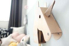 Welk meisje houdt er nou niet van eenhoorns. Always be yourself; unless you can be a unicorn.