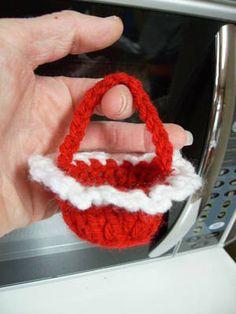 Free Valentine's Day Candy Basket Crochet Pattern - Orble. FREE PATTERN 4/14.
