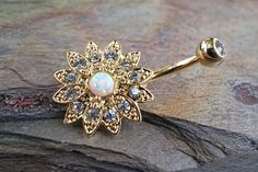 Makes me wish I had a belly button piercing! :O Sparkly White Fire Opal Flower Gold Belly Button Ring Bellybutton Piercings, Piercing Ring, Piercing Tattoo, Tongue Piercings, Cartilage Piercings, Gold Belly Button Rings, Belly Button Jewelry, Opal Belly Ring, Belly Rings