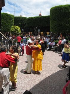 Dance in the streets San Miguel De Allende