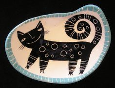 Black freeform cat dish | Flickr - Photo Sharing!