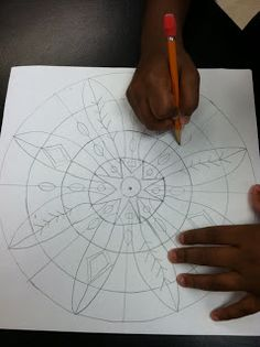 "rappy-art: Bonus Lesson #33: ""Mandala Madness"" How to draw a mandala."