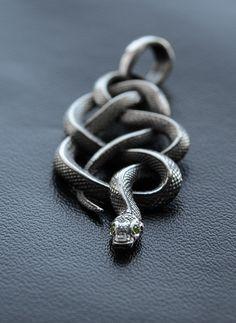 Silver Viper Pendant.Witcher medallion.Geralt of rivia.Beast Pendant.Viper Pendant.Gamer pendant.Viper jewelry.Witcher Game.the witcher 2 by Usmar on Etsy