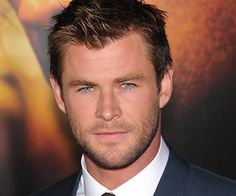 "The Chris Hemsworth ""Thor"" Workout Plan takes 4 weeks to complete, requires 4 days per week, and requires a(n) Expert skill level. The character of Thor has a physique that is both impressive and intimidating. Thor's workout routine requires a combination of heavy lifting along with athletic workouts without weights, such as boxing. In Chris Hemworth's workout routine, this included surfing as well. Passion, time, and patience are required to get the physique of Chris Hemwo..."