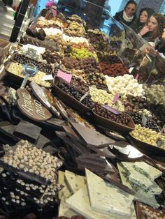 Soon you can use the #RibbonApp to see who you can meet at the #Florence #ChocolateFestival