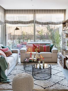 Inspirational ideas about Interior Interior Design and Home Decorating Style for Living Room Bedroom Kitchen and the entire home. Curated selection of home decor products. Interior Design Living Room Warm, Living Room Modern, Living Room Bedroom, Room Interior, Interior Design Inspiration, Decor Interior Design, Interior Decorating, Diy Decorating, Interior Ideas