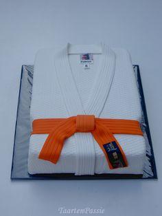 ..: Judo gi cake :..