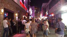 Kuşadası Barlar Sokağı