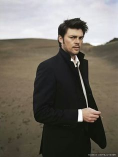 Karl Urban. Seriously, this guy is hot. Always happy to see him on screen!