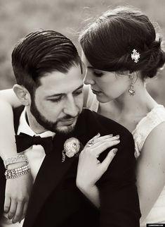 Love this wedding photographer!